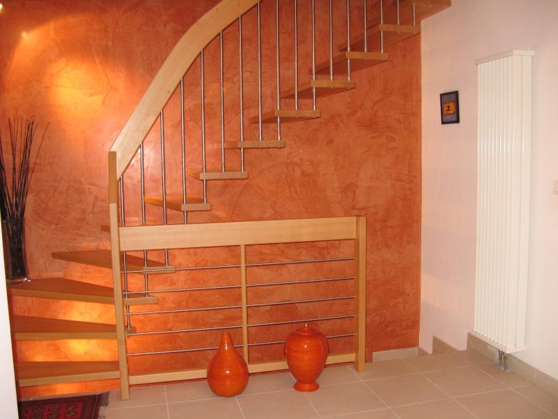 cherche conseil couleur pour mur escalier page 2. Black Bedroom Furniture Sets. Home Design Ideas