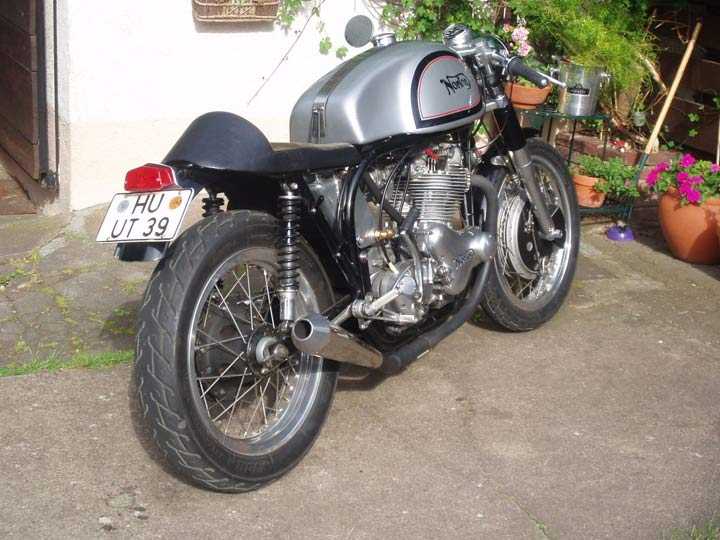rencontre cafe racer