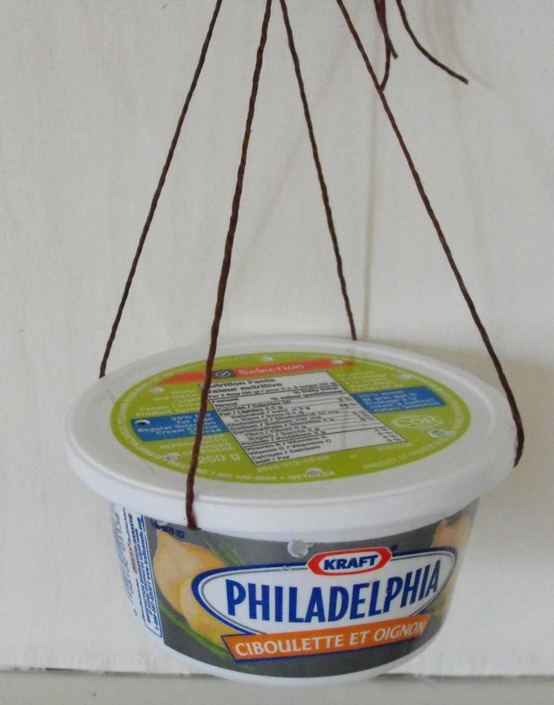 Mangeoire qui coule pas pour colibri oriole - Fabriquer abreuvoir oiseaux ...