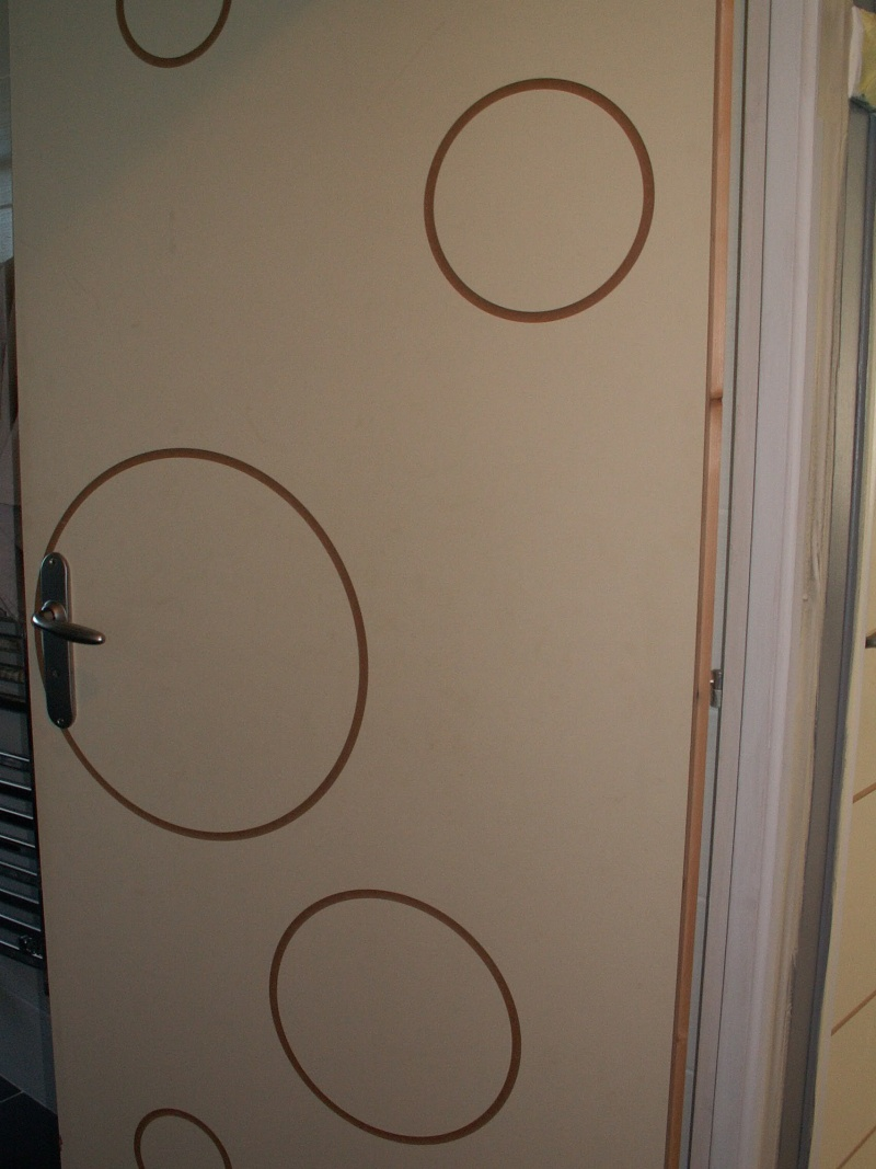 Besoin d aide pour peindre des portes graphique - Peindre une porte en bois deja peinte ...