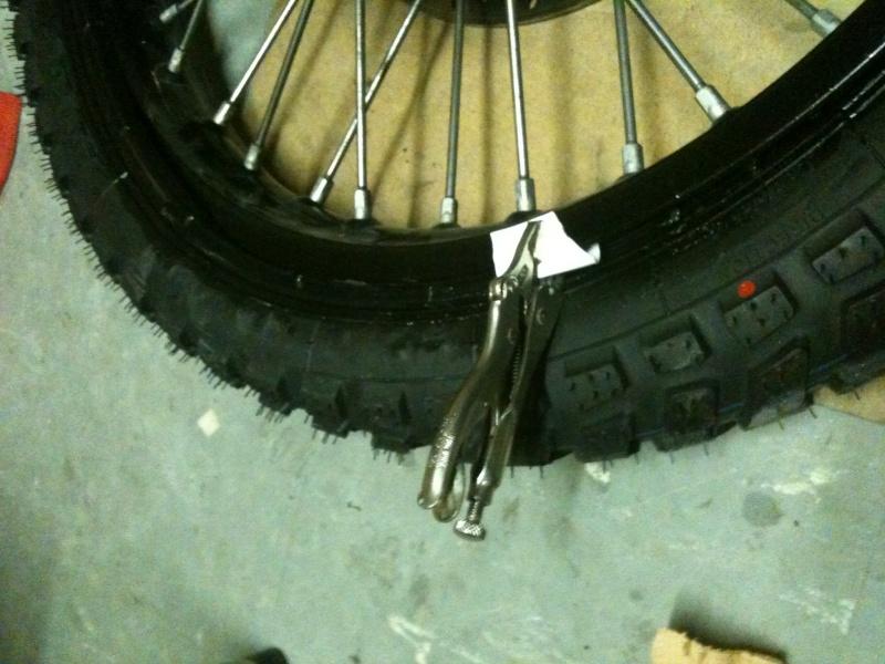 Astuce pour monter un pneu for Garage pour monter pneus