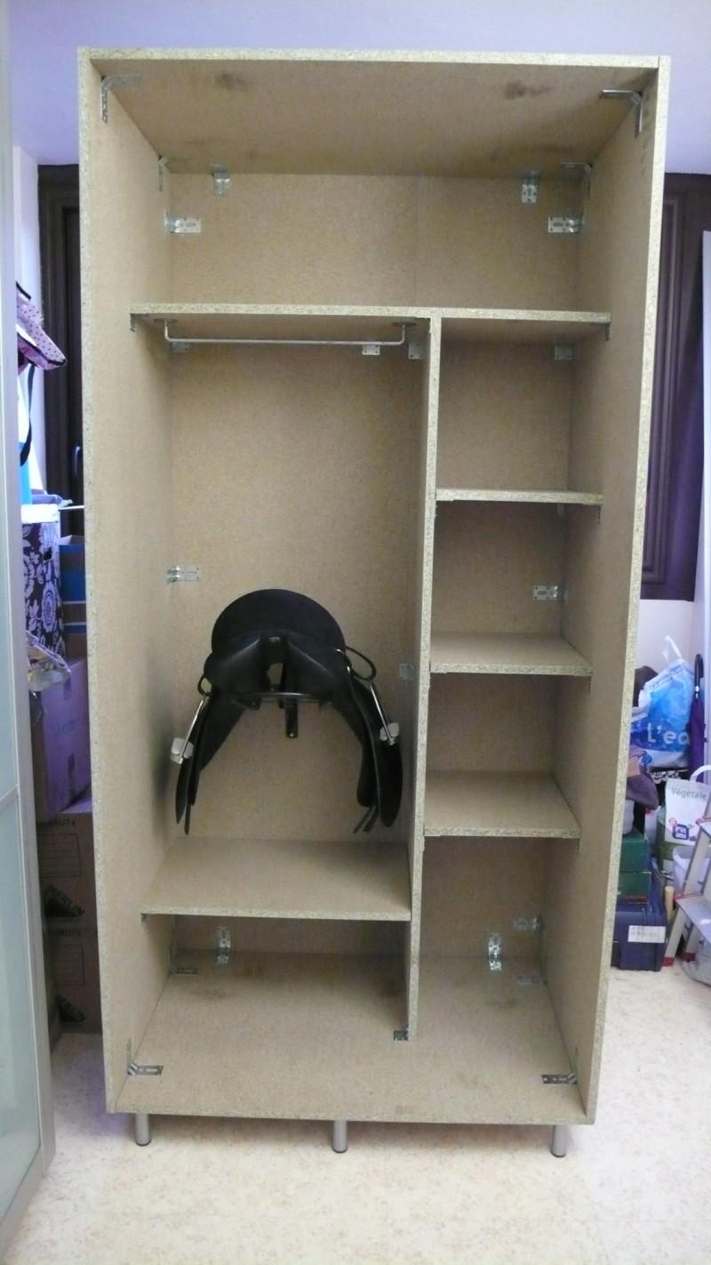 fabrication d 39 une armoire de sellerie page 1. Black Bedroom Furniture Sets. Home Design Ideas